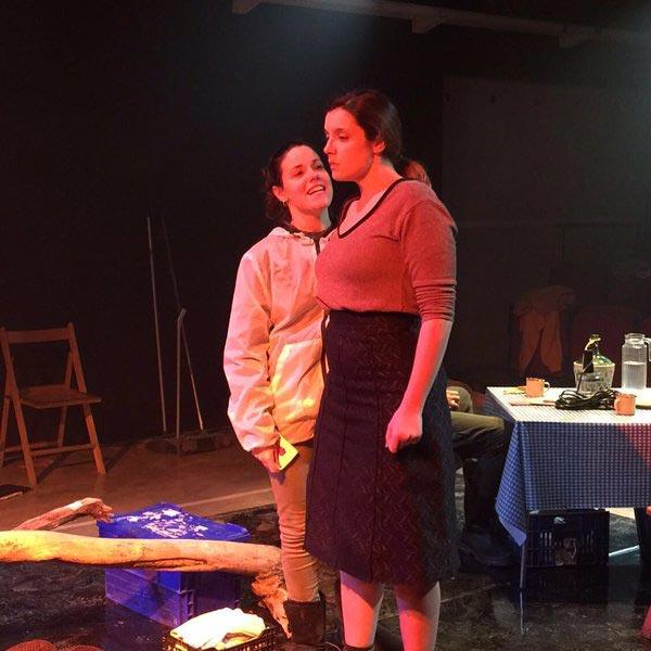 Alumnes d 39 e lia e lia for Teatre villarroel infamia
