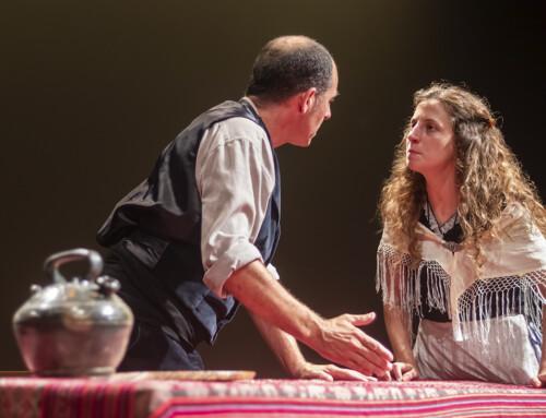 """""""L'HOSTAL DE LA GLÒRIA"""", alumnes i exalumnes participen en el III FestiVers, el festival de teatre en vers al Teatre Eòlia."""